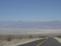 death-valley-2-roads-downward