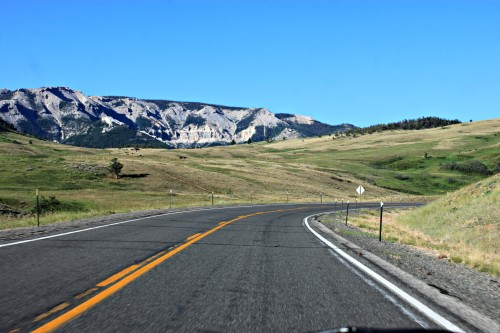 Driving into Yellowstone