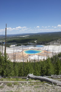 Grand Prismatic Spring Overlook Hike